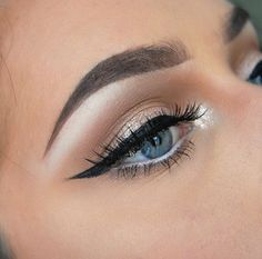 Flawless eye makeup!