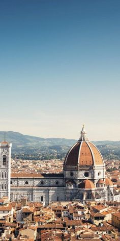 Looking for the best short day trips from Rome? We rounded up five incredible nearby destinations in Italy, including Florence, Naples, Tivoli, and more. Florence Tours, Florence Italy, Places To Travel, Travel Destinations, Places To Go, Day Trips From Rome, Italy Holidays, Travel Aesthetic, Hotels