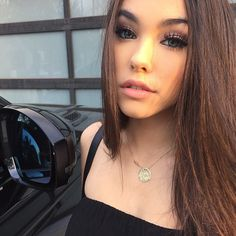 ::Madison beer:: hey I'm Madison beer I'm 18 and single. I'm a pretty outgoing girl. I'm looking for a guy who can just love me for me. I'm a model and a sing so don't be surprised if you catch me singing!