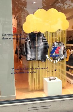Petit Bateau- Vitrine Août 2015- Paris