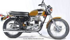 1971 Triumph T120 Bonneville.  Best of Show Winner at 2011 Clubmans All-British Motorcycle Show.