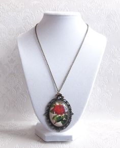 Red Rose Cameo Necklace Handmade by Weezi