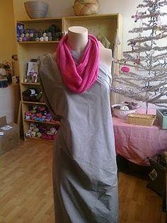 Infinity scarf knitting pattern.