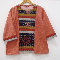 Kalla ~ tenun rp.175.000 Batik Dress, Ikat, Fasion, Kimono Top, Lifestyle, Sewing, Blouse, Clothing, Sweaters