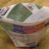 Dicas na mão: Sacolinha de jornal para colocar o lixo