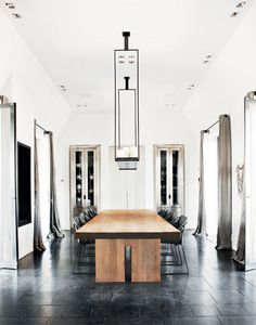 Contemporary Dining Rooms - Does The World Of Interior Design Make Your Head Spin ** Sincerely hope that you love the image. Interior Exterior, Home Interior, Interior Architecture, Interior Design, Bathroom Interior, Modern Bathroom, Black And White Dining Room, Black White, Dining Room Design