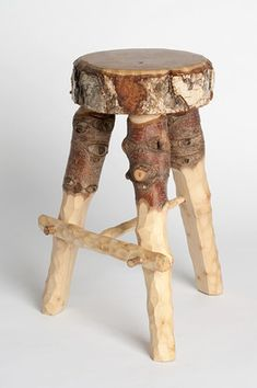 Fabien Cappello - stools fashioned from abandoned Christmas trees on the streets of London. (pas bête...)