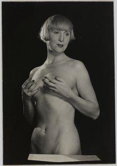 Man Ray. Suzy Solidor, 1929