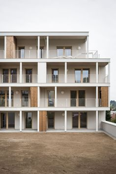 Since 1998 the Web Atlas of Contemporary Architecture Social Housing Architecture, Parametric Architecture, Modern Architecture House, Facade Architecture, Organic Architecture, Residential Architecture, Arch House, Facade House, House Exteriors
