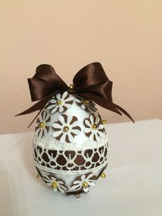 Easter egg decoration Paste, Egg Decorating, Easter Eggs, Decorations, Dekoration, Ornaments, Decor, Decoration, Embellishments