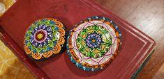 Mandala Meditation, Meditation Stones, Stone Painting, All Pictures, Plates, Painted Stones, Tableware, Art, Mandalas
