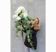 bukiet / dekoracja nagrobna White Grave Decorations, Funeral, Floral Wreath, Wreaths, Flowers, Flower Crown, Door Wreaths, Deco Mesh Wreaths, Garlands