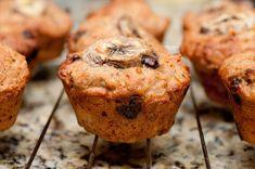 Egy finom Banános-csokis muffin  ebédre vagy vacsorára? Banános-csokis muffin  Receptek a Mindmegette.hu Recept gyűjteményében!