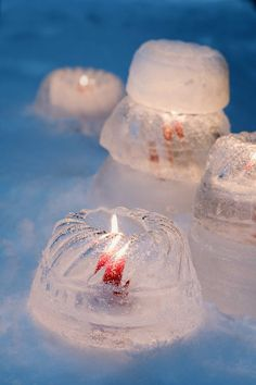 "~ ice candle holders formed in Bundt cake molds (berries, herbs or flowers can be ""frozen in,"" too) Noel Christmas, Christmas And New Year, All Things Christmas, Winter Christmas, Xmas, Father Christmas, Christmas Wreaths, Deco Table Noel, Winter Parties"