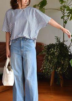 Tunic Sewing Patterns, Clothing Patterns, Dress Patterns, Sewing Clothes, Diy Clothes, Fashion Pants, Look Fashion, Iranian Women Fashion, Fancy Tops