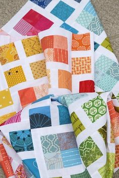 Scrappy Lattice quilt pattern by Bonjour Quilts is a scrap quilt pattern in 5 sizes, with two block size options. This great scrap busting pattern also has instructions for fat quarters! Make a fun scrappy throw quilt today. Quilt Square Patterns, Jelly Roll Quilt Patterns, Scrap Quilt Patterns, Square Quilt, Scrappy Quilts, Easy Quilts, Mini Quilts, Quilting Projects, Quilting Designs