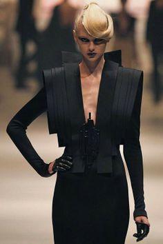 Stephane Rolland -  www.fashion.net