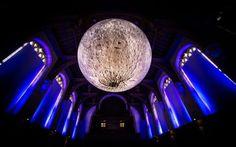 Balloon Moon, Luke Jerram