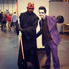#DCComics meets #starwars -#darthmaul with #thejoker. #MCMBirmingham #comiccon  #batman #joker #darthmaulcosplay #jokercosplay #darthmaulcosplayer #jokercosplayer #cosplay #cosplayer #cosplayers #cosplaying