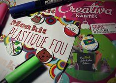 """Et voilà ! Je suis prête pour le salon Créativa Nantes ! 😃 Dans mes cartons : des kits créatifs en Plastique Fou à fabriquer chez vous. Et vous pourrez dire """"c'est moi qui l'ai fait !"""" ✂️📏🖍️🖌️  Vous pourrez même participer à un tirage au sort pour gagner... ...la suite au stand 130 du 2 au 5 novembre ! 😉 Voilà une info qui se partage !"""