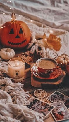Pin by Vanessa Rodriguez on Halloween | Iphone wallpaper fall, Fall wallpaper, Halloween wallpaper iphone