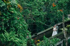 The stunning jungle makes the perfect backdrop to your wedding day photos