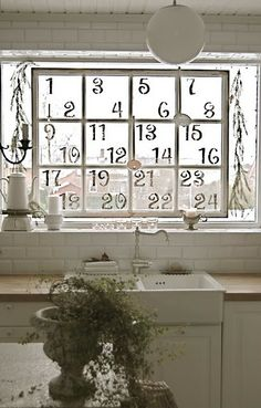 Advent Numbers _ Christmas Countdown #Holiday Decor #Repurpose #Window Pane _ Courtesy of: ciao! newport beach
