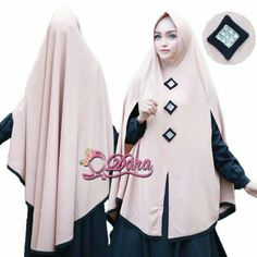 HIJABi Modern Hijab Fashion, Abaya Fashion, Fashion Outfits, Hijab Style Dress, Hijab Outfit, Cara Hijab, Moslem Fashion, Hijab Collection, Modele Hijab