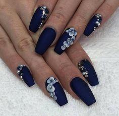 Navy Blue Acrylic Nails Henna Tattoos Makeup Nail Nail And Coffin Navy Blue Nail Designs, Navy Nail Art, Floral Nail Art, 3d Nail Art, Cool Nail Designs, Nail Arts, Blue Nails With Design, Blue Design, Blue And Silver Nails