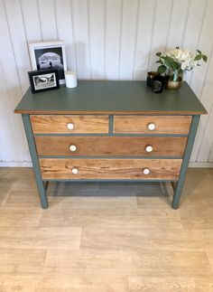 Farrow and ball green smoke chest of drawers with natural wood and marble brass handles. Furniture Update, Refurbished Furniture, Upcycled Furniture, Painted Furniture, Diy Furniture, Furniture Design, Chest Of Drawers Upcycle, Chest Of Drawers Decor, Home Decor Trends
