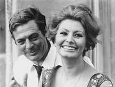 """Sophia Loren and Marcello Mastroianni in film """"Ieri, oggi, domani"""" 1963 by Vittorio De Sica"""