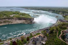 Niagara Falls in Canada: Aerial view of Niagara Falls, Canada . These powerful waterfalls form a natural border between the United States and Canada. Here, the Horseshoe Falls, the most impressive of all. © Igor S. - Fotolia.com