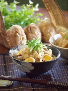 鶏とうずらの中華おこわ by ひえだちひろ(檜枝ちひろ) / しっかりと下味を付けた鶏肉とお米を炊飯器にセットして炊くだけ。味が染みたうずらの卵は最後のお楽しみにとっておきたくなります。 / Nadia