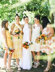 Vestidos de boda de dia, diferentes para cada dama de honor. La boda de Lucía » Ideas para que tu boda sea un éxito » ¿Quieres ser mi dama de honor? http://www.luciasecasa.com/labodadelucia/vestido-boda-de-dia-2/