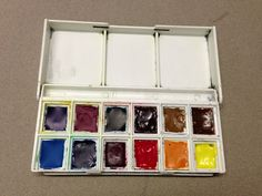 Liz and Borromini: My version of a basic Palette....   great blog post re: watercolor choices....  well worth reading over and over