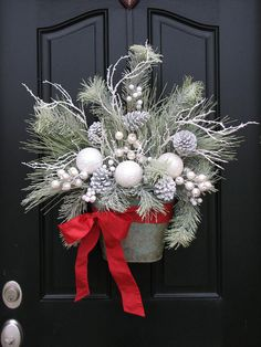 Winter Wonderland, White Christmas, Christmas Wreaths, Holiday Wreath, Silver and White Decor A Beautiful Winter Wonderland for your front door! What a classy piece for this Christmas. Custom designed by twoinspireyou Measurements: Approx. Holiday Wreaths, Holiday Crafts, Autumn Wreaths, Winter Christmas, Christmas Holidays, Elegant Christmas, Natural Christmas, Christmas Vacation, 242