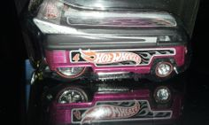 HOT WHEELS 2013 COLLECTOR EDITION MAIL IN # 4 VOLKSWAGEN DRAG BUS