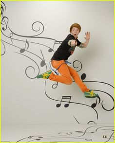 """Calum Worthy from """"Austin and Ally"""""""