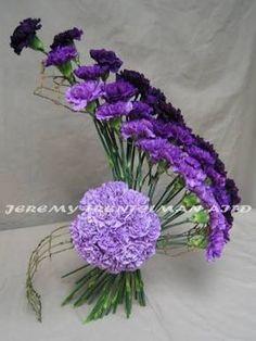 Resultado de imagem para simple flower arrangements with roses