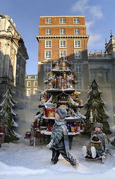 Fortnum and Mason's window display at Christmas