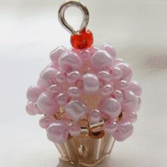 3D Beaded Cupcake ~ Free Tutorial at www.beadjewelrymaking.com