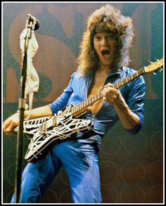 """Eddie Trunks Calls Van Halen """"Another Led Zeppelin"""" Eddy Van Halen, Alex Van Halen, Rock And Roll Bands, Rock N Roll Music, Heavy Metal, Van Halen 5150, David Lee Roth, Greatest Rock Bands, Rockn Roll"""