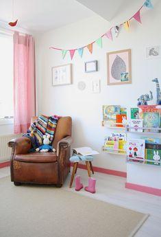 2 habitaciones Infantiles de estilo Escandinavo