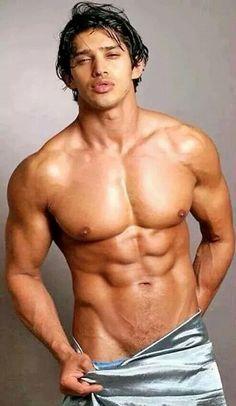 Astonishing gorgeous muscle hunk davide dali
