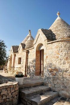 #Alberobello, #Puglia, #Trulli - www.BedAndBreakfastItalia.com #Italy #Trullo