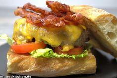 Ein ganz schnelles und einfaches Rezept für eine leckere Burgersauce, die sehr gut für Rindfleischburger verwendet werden kann. Süß. und Sauer.