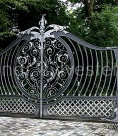 48 Steel Gate Design Idea is Perfect for Your Home - decortip Grill Gate Design, Steel Gate Design, Iron Gate Design, House Gate Design, Front Door Design, Metal Garden Gates, Metal Gates, Wrought Iron Gates, Stainless Steel Gate