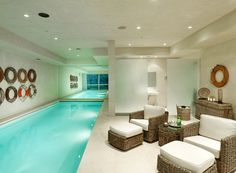 I'd love an indoor pool like this, I'd be happy to swim a few laps everyday!
