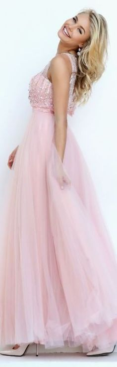 At Mialondon, you will find the best Prom Dress that will best meet your expectation to have an unforgettable day! A-line V-neck Sleeveless Split Long Red Chiffon Prom Dress with high quality at affordable prices. Pink Prom Dresses, Tulle Prom Dress, Pink Dress, Evening Dresses, Formal Dresses, Maid Dress, Pink Fashion, Fashion Looks, Women's Fashion