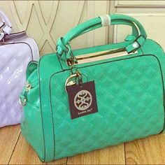 • New mint Beautiful handbag • Brand new vibrant handbag, it comes with shoulder strap. Inside zipper pocket and cell phone compartment. Pretty spacious, also available in light lavender. ❌NO TRADES❌ BUNDLE & SAVE 20% Bags Satchels